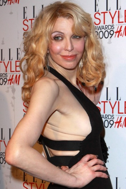 Courtney Love chirurgie esthétique